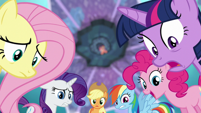 File:Mane Six in awe of Flurry Heart's power S6E1.png