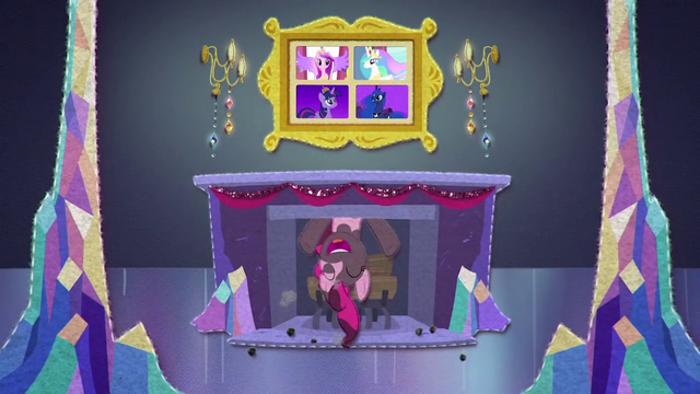 File:Pinkie Pie appears in a fireplace BFHHS3.png