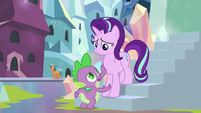 """Spike """"we have to at least explain"""" S6E1"""