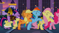 5 main ponies partying S02E09