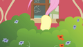 Fluttershy shaking her flank S4E14.png
