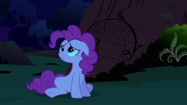 File:Pinkie Pie down 5 S2E18.png