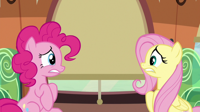 File:Pinkie and Fluttershy look incredibly nervous S6E18.png