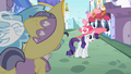 Rarity hesitating S02E09.png