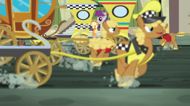 File:Applejack looking at a busy Manehattan street S5E16.png