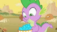 Spike prefers turquoise over pie S01E21