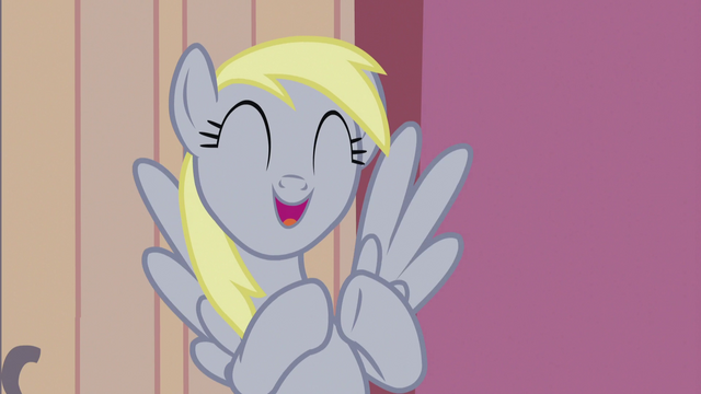 File:Derpy excitedly tapping her hooves together S5E9.png