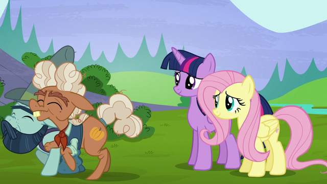 File:Ma and Big Daddy walk away hoof-in-hoof S5E23.png