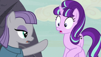 Maud Pie points to Cutie Mark Vault cave S7E4