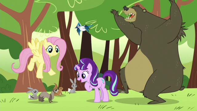 File:Starlight looking at the critters; bear about to hug her S5E26.png