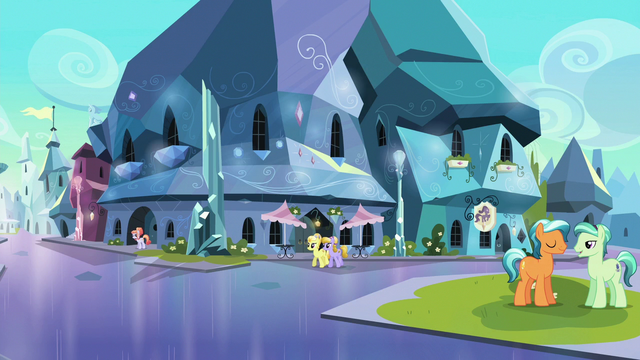 File:Crystal Ponies in the Empire square S6E16.png