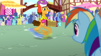 Cheese playing accordion to Rainbow S4E12