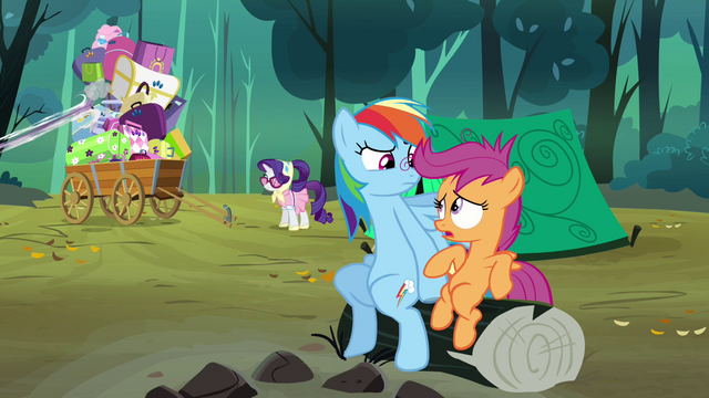 File:Scootaloo 'A day or night in my life' S3E6.png