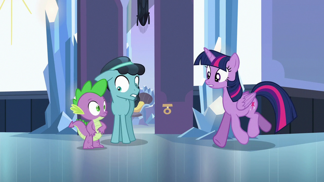 File:Twilight trots up to Spike and Thorax S6E16.png