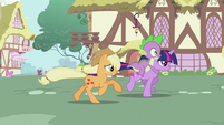 Applejack and Twilight galloping S2E06