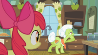 Granny Smith lurking in a cupboard S2E12