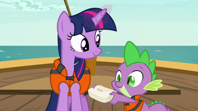 File:Spike presents a small package to Twilight S6E22.png
