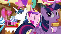 "Twilight ""first we went to the schoolhouse"" S5E19"