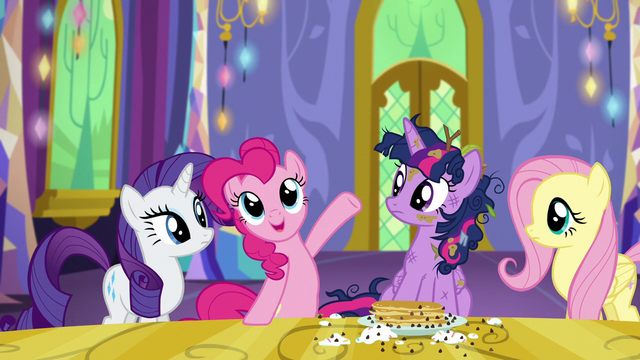 "File:Pinkie Pie ""this place has everything!"" S5E3.png"