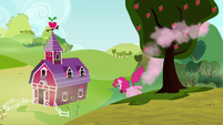 Pinkie Pie gets an apple from a tree S4E18