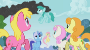 Ponies noticed the smoke S01E07