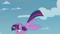 Twilight flies down to rescue Spike S5E25