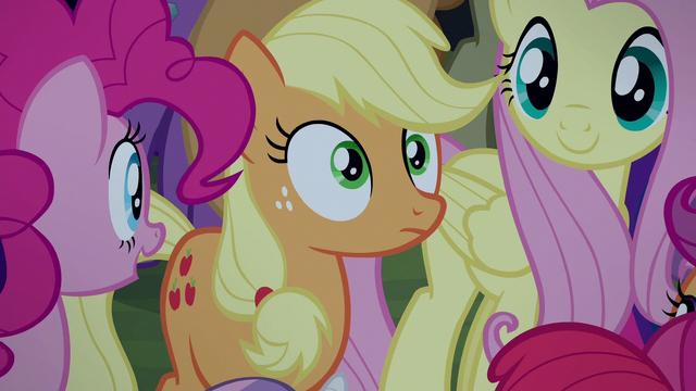 File:Applejack surprised close-up S5E24.png
