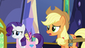 "Applejack uncertain ""I guess"" S6E21.png"