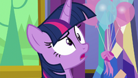 Twilight confused by Discord's laugh S7E1
