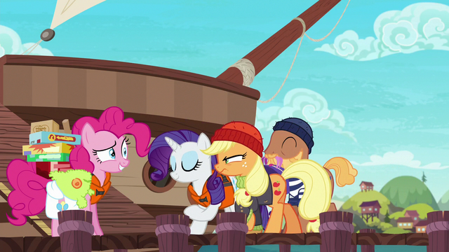 File:Pirate Applejack walking to the ship S6E22.png