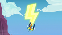 Spitfire, Soarin, and High Winds make a lightning bolt S7E7