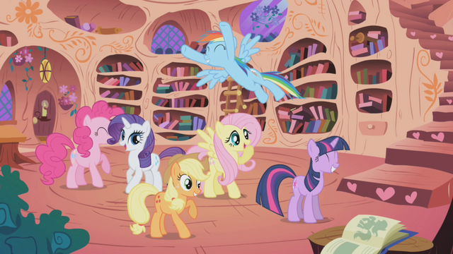 File:Twilight and friends celebrating S1E03.png