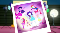 Photo of butterfly Rarity and her friends SS2
