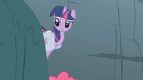 Twilight looking confused S1E7