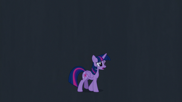 File:Twilight Sparkle walking in the dark S7E2.png