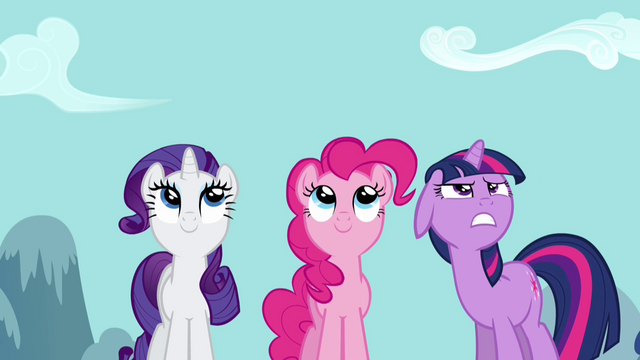 File:Watching Rainbow Dash 3 S2E16.png