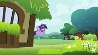 Twilight Sparkle looking S2E03