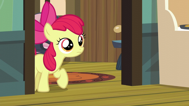 File:Apple Bloom cautiously enters the kitchen S5E4.png