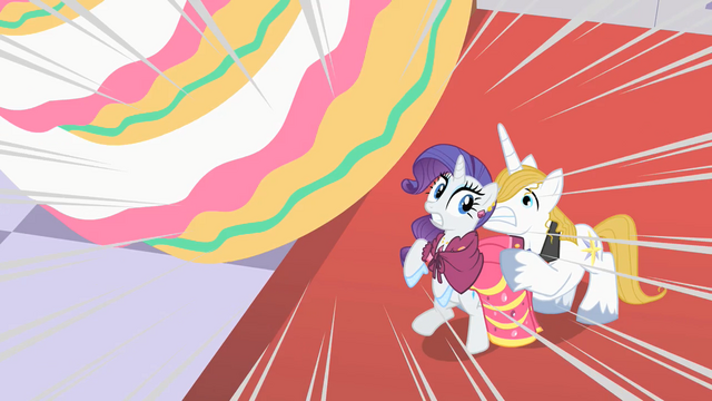 File:Blueblood uses Rarity as pony shield S01E26.png