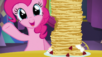"Pinkie ""every-berry-any-chip-surprise"" S5E3"