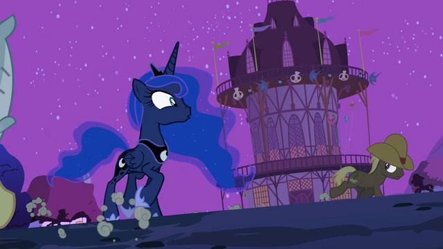 File:Ponies run around Luna S2E04.png