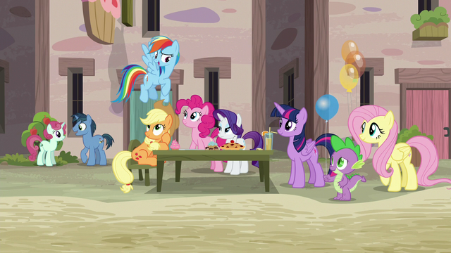 """File:Rainbow Dash """"catch us up on what we missed"""" S6E26.png"""