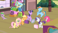 Rarity's friends excited S4E08