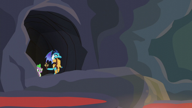 File:Ember and Spike enter the next chamber S6E5.png