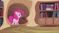 Pinkie Pie enters Twilight's home S2E20