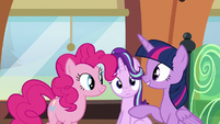 Twilight explaining to Pinkie Pie S6E1