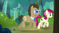 Dr. Hooves with 3D glasses walking with Rose S4E16