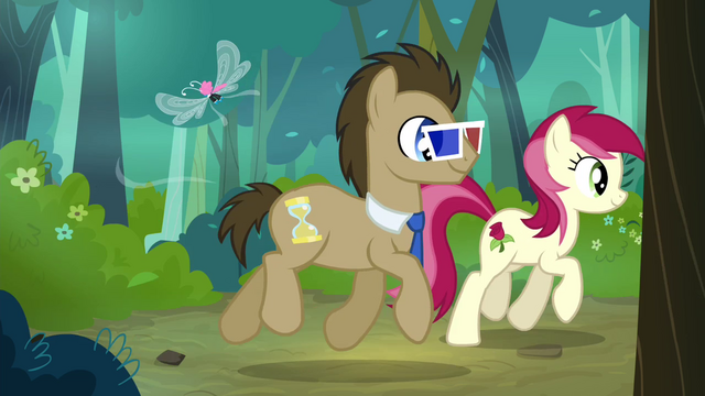 File:Dr. Hooves with 3D glasses walking with Rose S4E16.png