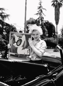 FANMADE Marilyn monroe holding dj pon3 photo