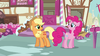 Pinkie Pie 'I won't be able to read it right away' S3E07